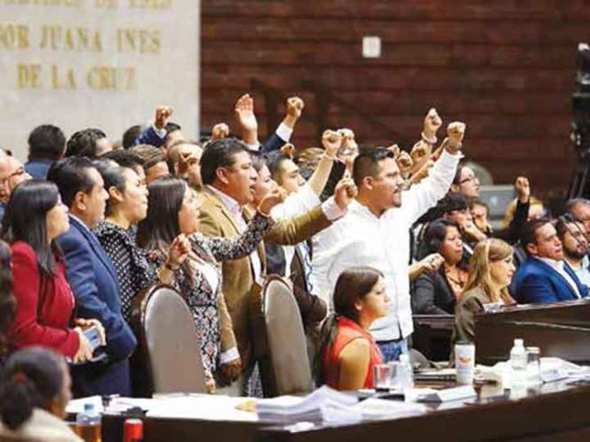 Morena prende la aplanadora; Cámara de Diputados