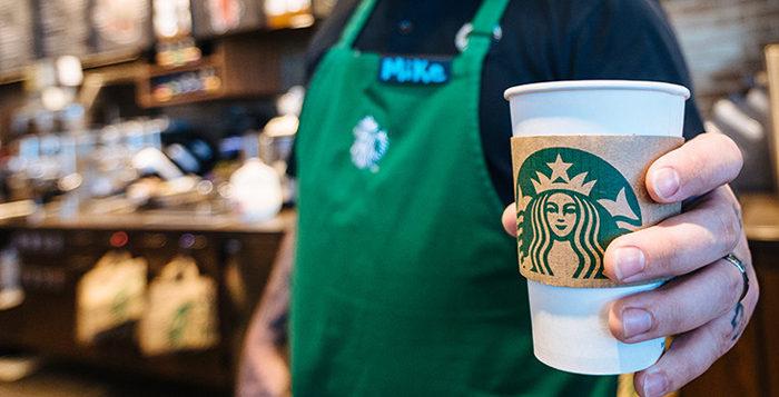 Starbucks alista renovación… y habrá despidos