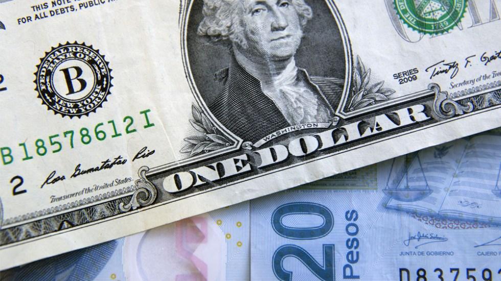 El dólar cae a 20.50 pesos en bancos