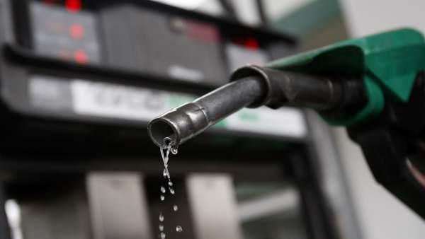 Gasolina hila 16 meses de encarecimiento