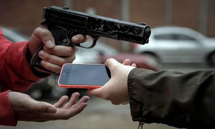 Con violencia, el 77% de los robos de celulares en la CDMX en enero
