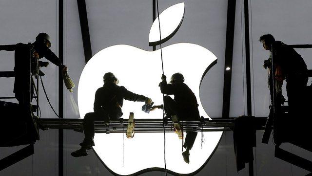 Llegó el día: Apple y su servicio de TV le declaran la guerra a Netflix
