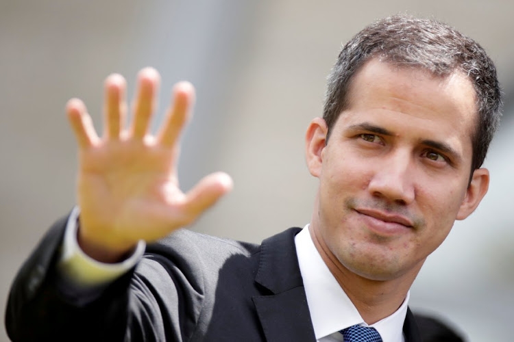 Juan Guaidó regresa a Venezuela con la amenaza de Maduro de ser detenido