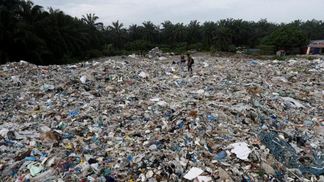 Convierten más de 5,000 toneladas de basura en bolsas ecológicas