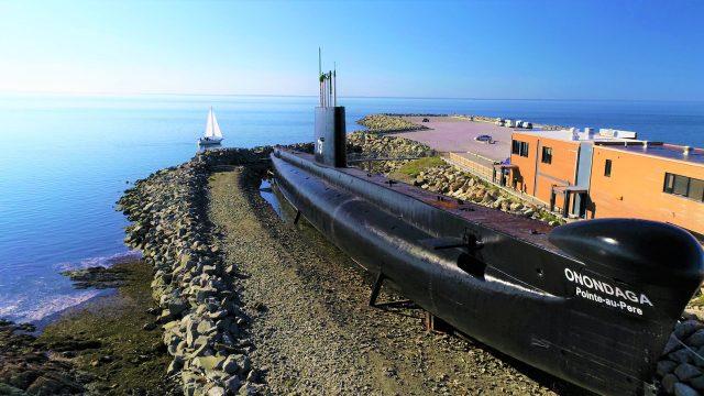 ¿Te atreverías a pasar una noche dentro de un submarino?