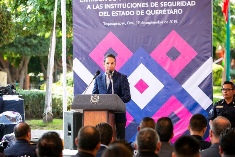 Gobernador de Querétaro entrega más de 100 mdp en equipamiento a instituciones de Seguridad Pública