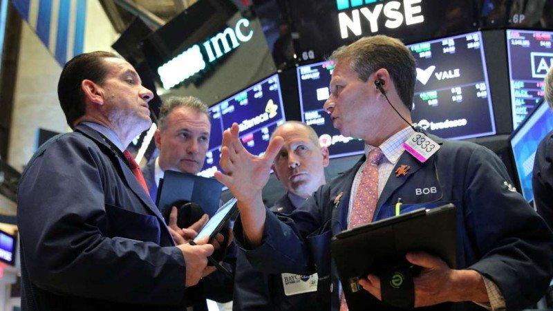 Wall Street sube en la apertura impulsado por Microsoft y sector de energía