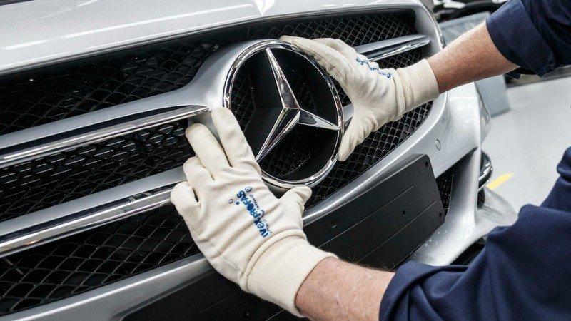 Multan a Daimler en Alemania por escándalo de emisiones