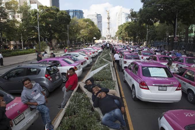 Segob analizará legalidad de aplicaciones como Uber y Cabify