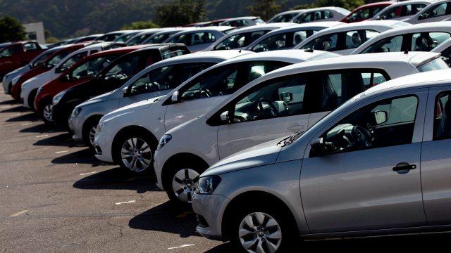 Autos eléctricos y beneficios fiscales, pendientes del gobierno con armadoras: Eduardo Solís