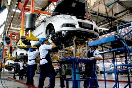 Caerían ventas de autos hasta 25% por el Covid-19 y riesgo de quiebras