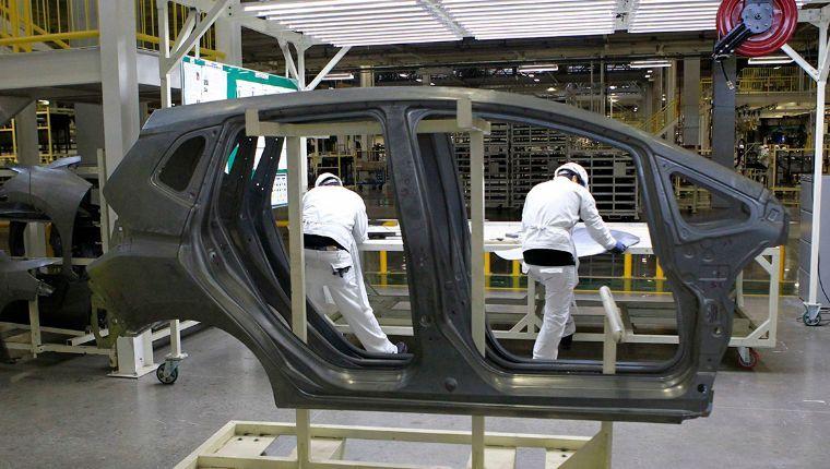 Filtros y transporte a empleados, medidas para las empresas