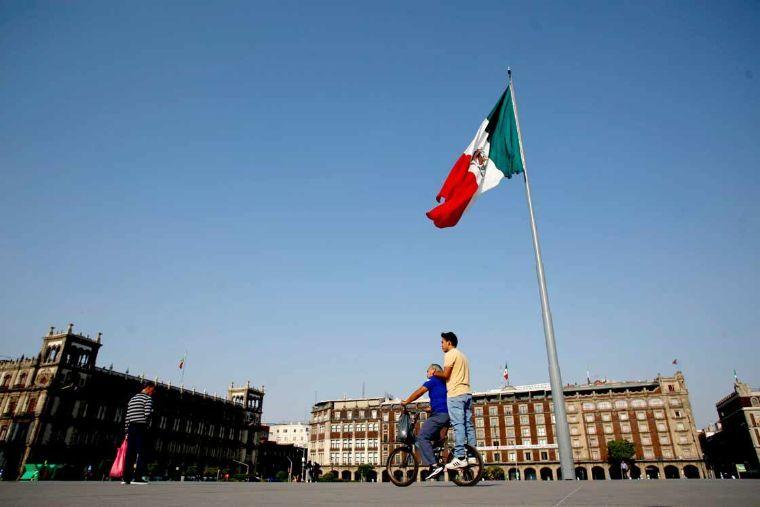 Actividad económica en México registró una contracción de 17.3% en abril
