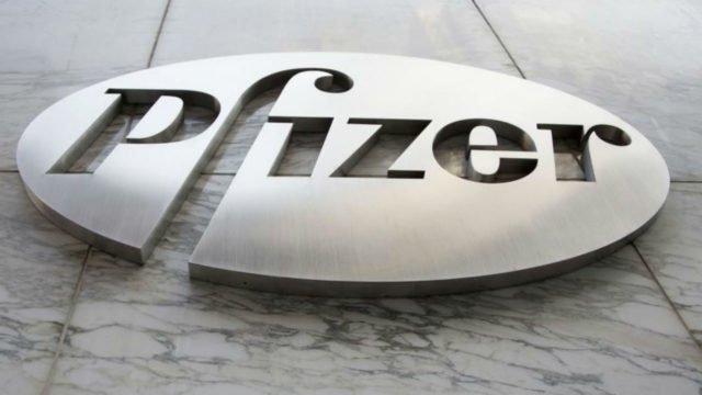 Pfizer y BioNTech piden ampliar ensayo de su vacuna para Covid-19 a 44 mil voluntarios