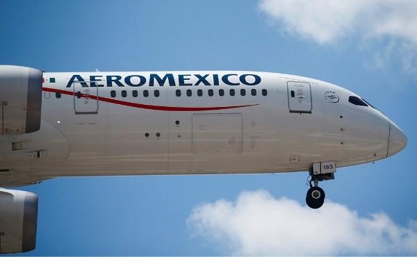 Aeroméxico renegocia arrendamiento de 82 aviones; pagará por hora