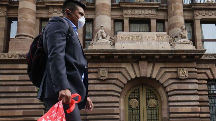 Banxico extiende sus apoyos al mercado por coronavirus